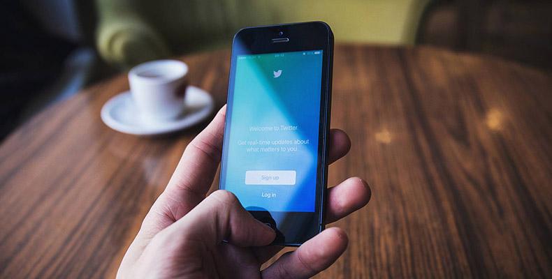 Twitter na mobilnom